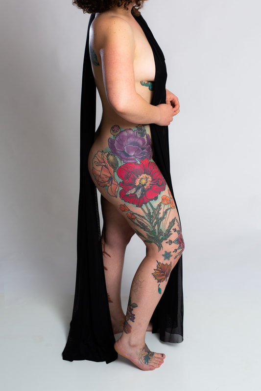 color tattoo tattoos woman floral flowers poppy hips