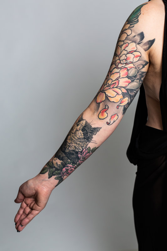 floral flower flowers color tattoo tattoos Portland Oregon woman cat